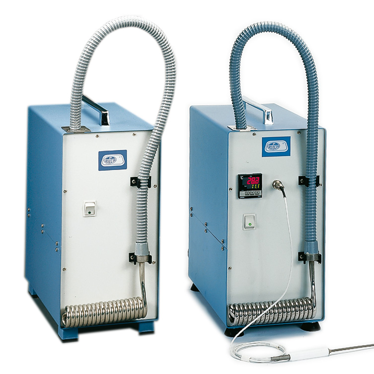 Refrigerated cooling coils for baths
