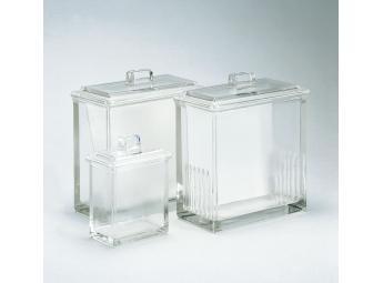 Chromatography tanks