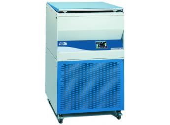 """Refrigerated high capacity microprocessor controlled centrifuge suitable for tubes, flasks and blood bags """"Megafriger-BLT-Blood"""""""
